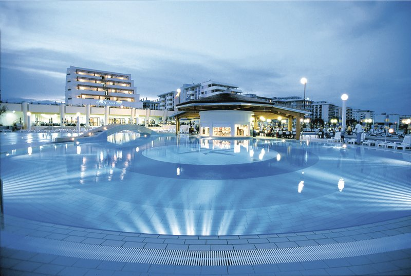 Bibione, Hotel Savoy Beach, Pool